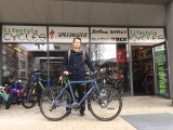 Surly Disc Trucker 56 Lifestyle Cycles Schweiz mit SON Dynamo
