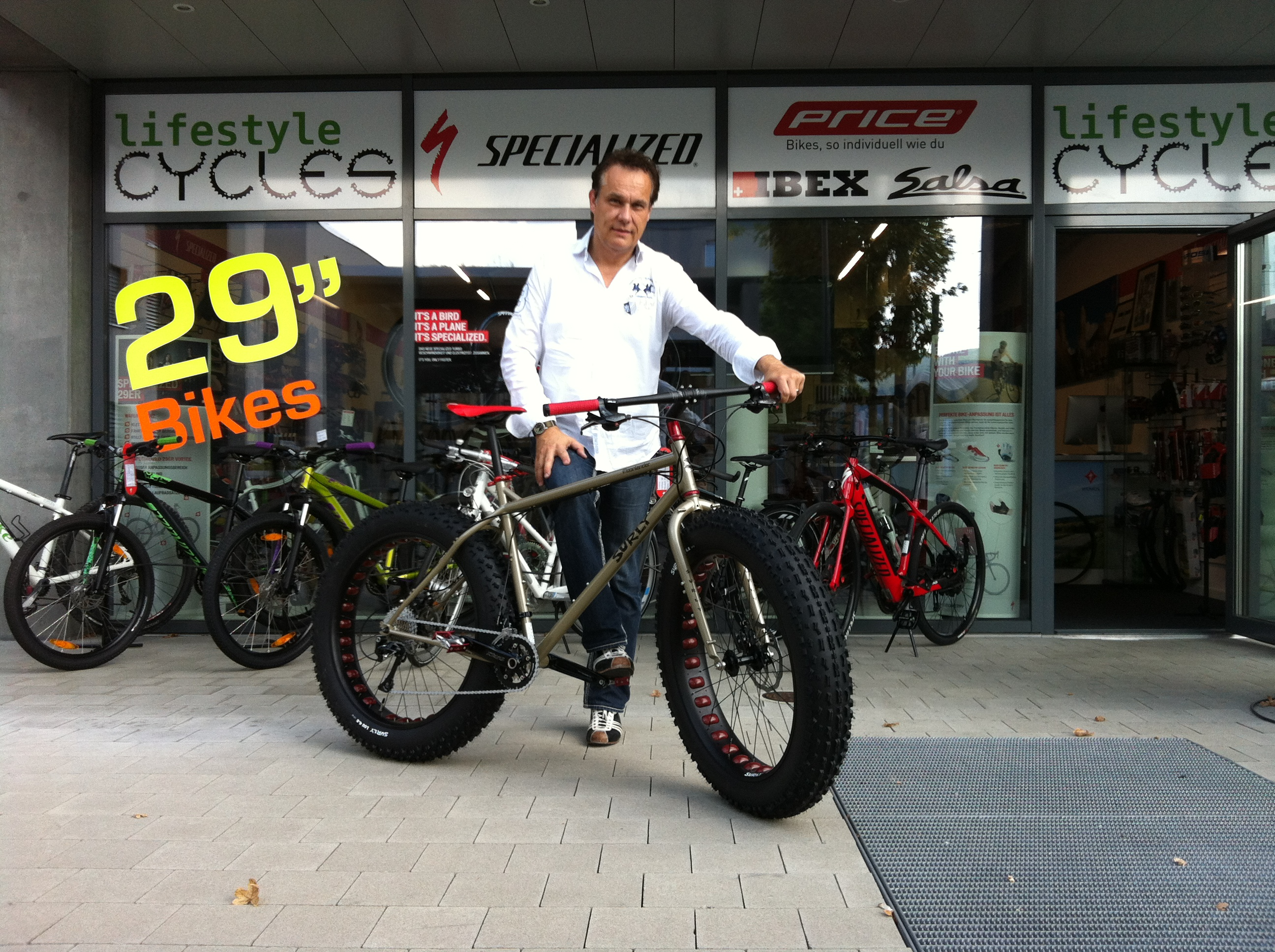Surly Moonlander 2014 Custom – Lifestyle Cycles – SPECIAL ...